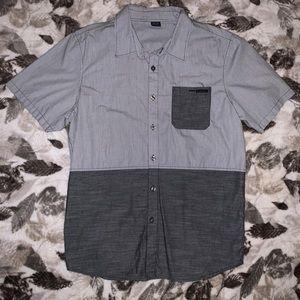 Oakley Grey Short Sleeve Button Down Size L